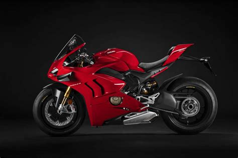 2021 Ducati Panigale V4S Guide • Total Motorcycle