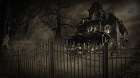 5 Scariest Real Haunted Houses in the World - YouTube