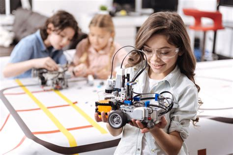 Hands-on, Dynamic STEM Summer Camps from Engineering for Kids