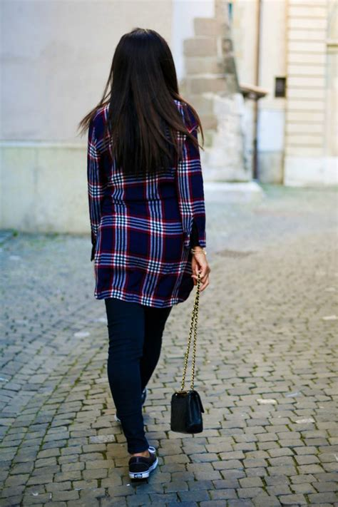 Plaid shirt and skinny jeans outfit | Currently Wearing